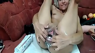 stay at home mom wants hard cock in her milf pussy and hot cum on her face