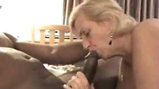 Mature cuckold wife fucked by a black man