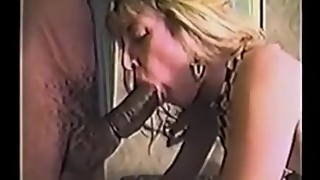 Sexy 90s hotwife takes BBC in hotel room. Fed cum out of a rubber
