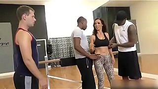 Delicious Wife Fucked by the Dance Coach in front of the Silly husband SEE Complete: https://won.pe/Nnsnp