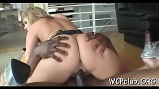 White chick sucks chocolate ding-dong and gets it in wet wet crack